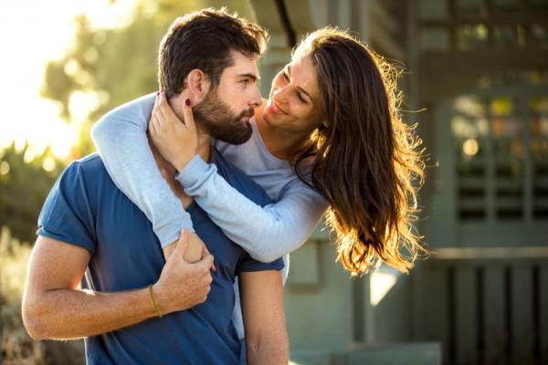 صور احضان رومانسية , صور احضان رومانسيه