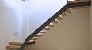 صور تفسير حلم نزول الدرج , شرح رؤية نزول السلم في المنام