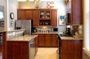 صورة صور مطابخ خشب , جملى مطبخك بلمسات ساحرة