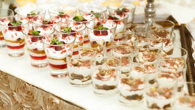 صورة حلى عشاء فخم , مجموعه حلويات لاجمد عزومه فخمه عندك 10341 2