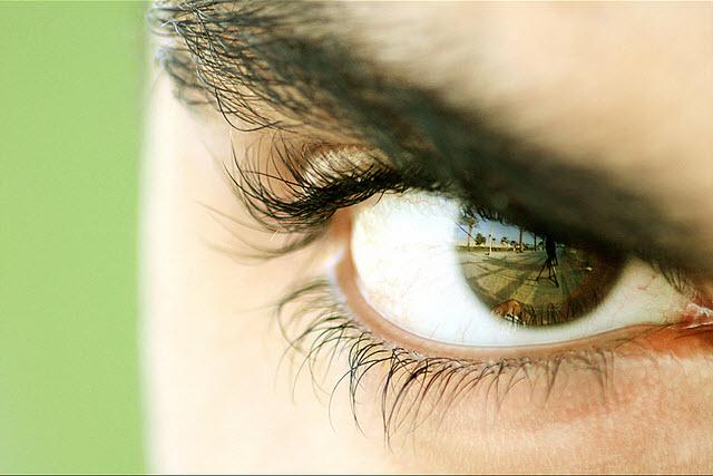 صورة عيون رجال جميلة , للعيون سحر خاص بيه جمال عيون الرجال 10434 7