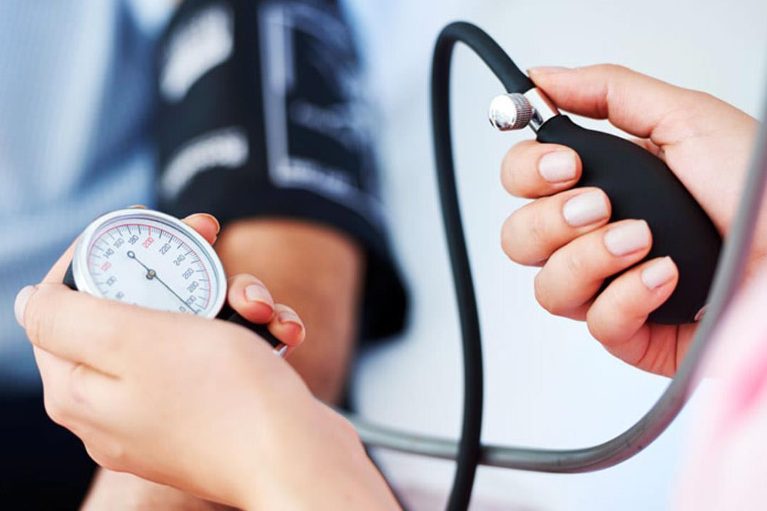 صورة اسباب انخفاض ضغط الدم المتكرر , اسباب انخفاض الدم اللى ممكن علاجه 10480 2