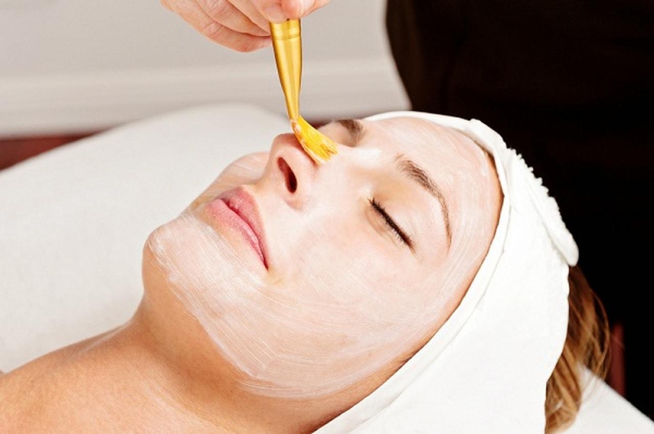 صورة خلطات تبيض الوجه كريمات , خلطة كريمات لتبيض الوجه مضمونة 1507